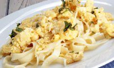 Pasta Recipes In Hindi, Egg Pasta Recipe, Ham Pasta, White Sauce Recipes, White Sauce Pasta, Snacks Dishes, Chilli Flakes, Evening Snacks, Egg Dish