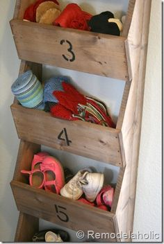 """Entry way for winter items DIY Rustic Wall Storage Bins .would be great for mitts, etc in an entryway, or in a central location as a """"i find it, you put it away"""" bins Hat Storage, Storage Bins, Storage Ideas, Porch Storage, Entryway Storage, Wood Projects, Projects To Try, Halls, Rustic Walls"""