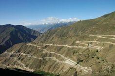 Rodovia que liga a cidade de Chengdu, no sudoeste do país, ao Tibet.