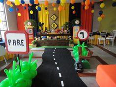 Decoração de festa infantil tema Carros