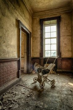 Abandoned...........WELL, AT LEAST THEY TOOK THE BABY WITH THEM.............ccp