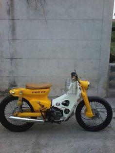 endasakti 9 (9) Honda Cub, Scooter Motorcycle, Motorcycle Outfit, Custom Motorcycles, Custom Bikes, Honda Cycles, Honda Motorbikes, Retro Helmet, Build A Bike