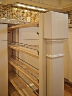Kitchen Cabinet Ideas, home built by Cameo Homes Inc.