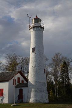 Sturgeon Point Light