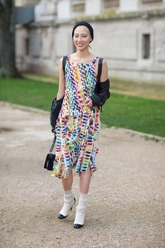 Soo joo looks perfect in a colorful Chanel dress and heels. #PFW