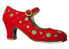 Now we're talking'!  Red and pistachio green polka-dot flamenco shoes.