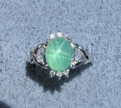 LINDE LINDY TRN SPRING GREEN STAR SAPPHIRE CREATED RING #FashionRightHand