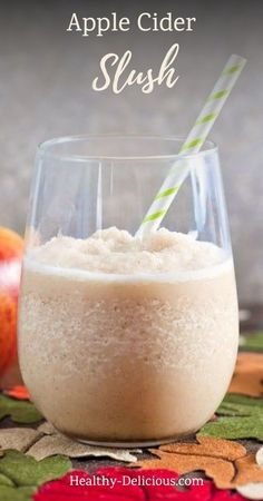 How to make the best homemade apple cider slushies. This recipe is easy and perfect for Fall! Blender Recipes, Smoothie Recipes, Smoothies, Freezing Apples, Best Food Photography, Homemade Apple Cider, Spiced Cider, Best Cocktail Recipes, Frozen Drinks