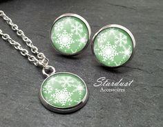 Schmuckset silber ❅ Schneeflocke II grün ❅ von Stardust Accessoires auf DaWanda.com