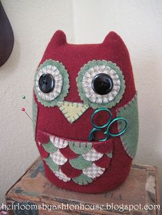 Owl pincushion...