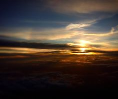 Esperar un vuelo tiene sus recompensas. by johansson_cruz