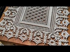Crochet Placemat Patterns, Crochet Table Runner Pattern, Crochet Stitches Free, Crochet Motifs, Crochet Borders, Crochet Tablecloth, Crochet Diagram, Filet Crochet, Crochet Dollies