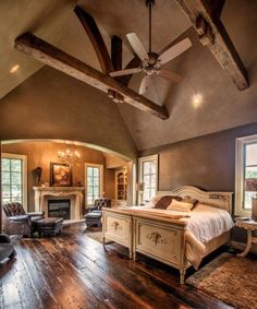 15 Classy & Elegant Traditional Bedroom Designs That Will Fit Any Home Beautiful master bedroom ! Dream Rooms, Dream Bedroom, Home Bedroom, Master Bedrooms, Style At Home, Traditional Bedroom, Traditional Interior, Traditional Homes, Traditional Kitchens