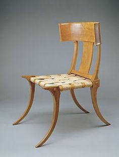 T.H. Robsjohn-Gibbings . Klismos Chair