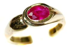 Solitaire Oval Red Ruby 18K Yellow Gold Genuine Ring [RS0... https://www.amazon.com/dp/B00BRIZMGG/ref=cm_sw_r_pi_dp_IRcFxbN6HG8VM