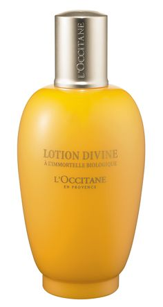 L'OCCITANE Immortelle Divine Lotion is a rich, softening lotion that maintains skin's balance and helps accelerate cellular renewal. Made with a complex of seven...