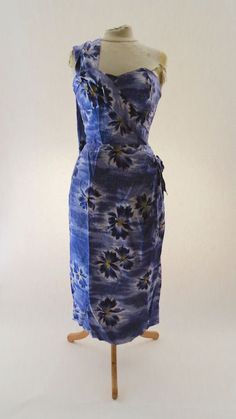 1a9e0229f5ca VINTAGE 50S SHAHEEN SILK HAWAIIAN BOMBSHELL WIGGLE DRESS Tiki Dress, Hawaiian  Fashion, Sarong Dress