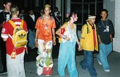 ravers wore bright colors, including in their hair and makeup, wore jeans like the JNCO jeans with very wide legs. Worn to 'raves' Jnco Jeans, Love Fashion, Fashion Outfits, Acid House, 90s Party, Club Kids, Youth Culture, 2000s Fashion, Couture Fashion