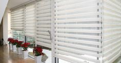 Blind Cleaning Services offers blind cleaning, blind repair, on-site drapery cleaning, & new window treatments for residential & commercial purposes. Bay Window Living Room, Living Room Blinds, House Blinds, Bay Window Blinds, Blinds For Windows, Stores Horizontaux, Persiana Sheer Elegance, Commercial Blinds, Commercial Stairs
