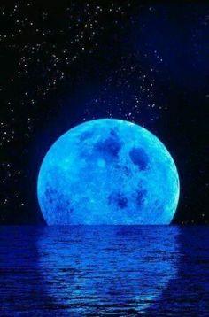 No estamos tan lejos ya que ambos vemos la misma luna...