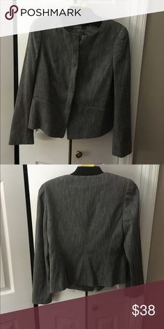 Like new Ann Taylor jacket Would look great with dress pants or black Jean skinnies, dress up or down. Excellent condition, no defects. From a smoke free home Ann Taylor Jackets & Coats Blazers
