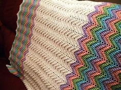 Ravelry: Rickrack Rainbow Baby Blanket by Red Heart Design Team... Free pattern!