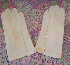Vintage pair of white button cotton/linen formal gloves, vintage gloves, vintage wedding gloves, retro fashion, 1960's fashion, by LakesideVintageShop on Etsy