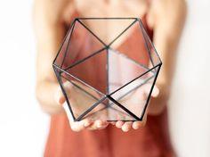 Geometric Glass Terrarium / Icosahedron / Handmade Glass von Waen