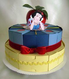 snow white favor box cake, brilliant!