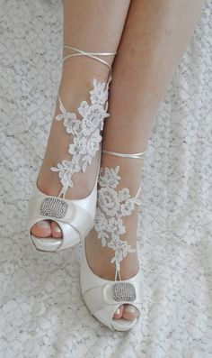 Free Ship  bridal anklet white flower Beach wedding by WEDDINGHome, $24.00