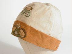 Cloche hat, 1920s