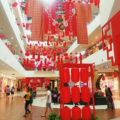 Shopping Mall decorated with Reds, represent prosperity and happiness.