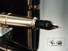 Stylo Plume S.T. Dupont Line D, Laque & Or Rose, 410679 | Iguana Sell