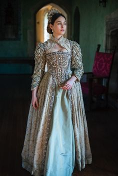 Elizabethan Set 2 | Richard Jenkins Photography