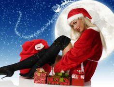 Dorinţe magice ...Azi sunt mândră Crăciuniţă, Mi-am pus roşie rochiţă! Cu desaga încărcată Stau cuminte lângă vatră!...acum doar cateva cadouri mi-au mai ramas... ;;)