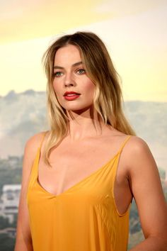 Margot Robbie at the 'Once Upon a Time in Hollywood' premiere in Rome, Italy; Atriz Margot Robbie, Margot Elise Robbie, Margo Robbie, Actress Margot Robbie, Margot Robbie Harley Quinn, Margaret Robbie, Martin Scorsese, Naomi Lapaglia, Richard Curtis