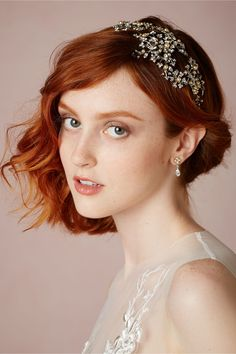 DELIGHTFULLY TACKY X BHLDN // Holiday party look inspiration : Twinkling Flare Headpiece from BHLDN