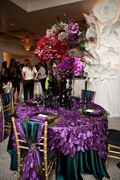 Mardi Gras Table Set up....  Décor Inspiration for your Special Event.  Different ideas for ways you can decorate for your Mardi Gras Theme Party! wwww.PreferredPartyPlace.com