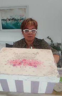 "Veronica Viccini on Instagram: ""Decoupage y usamos pinturas de la linea gloss , El nuevo bello color arandano de @originalchalk #laminasdeseda #decoupageart…"""