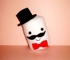 marshmallows with faces Marshmallow Images, Cute Marshmallows, Drink Sleeves, Sunglasses Case, Moustaches, Qoute, Random Things, Faces, Change