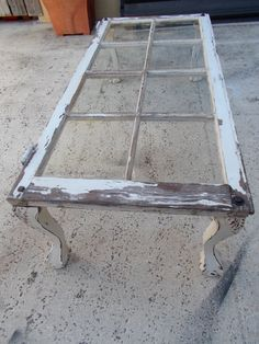 Vintage Window Coffee Table on Etsy. I could craft this.Lots of old windows at Junk Sisters to create this look Furniture Projects, Home Projects, Diy Furniture, Furniture Design, Dresser Furniture, Eclectic Furniture, Furniture Vintage, Furniture Makeover, Vintage Windows