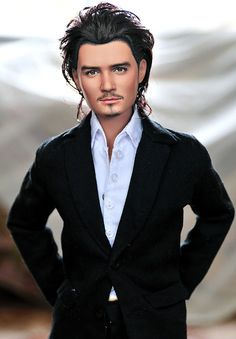 Orlando Bloom Noel Cruz is one of the most versatile & distinguished… Diva Dolls, Bjd Dolls, Celebrity Barbie Dolls, Poppy Parker, Valley Of The Dolls, Realistic Dolls, Doll Repaint, Barbie Collection, Barbie Friends