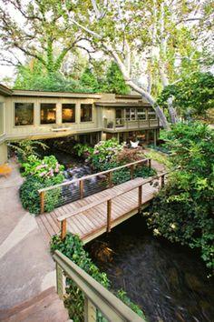 House Bridges River