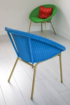 4 Hacks for renovating vintage Lloyd Loom woven bucket chairs Vintage Wicker, Chair Makeover, Lloyd Loom Chair, Lloyd Loom, Chair, Desk Chair Comfy, Woven Chair, Bucket Chairs, Vintage Chairs