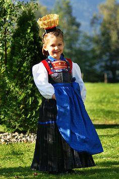 Germany: Bregenzerwald costume. Folk Costume, Costumes, Female Head, Romantic Outfit, People Of The World, Austria, Women Wear, Ladies Wear, Traditional Dresses