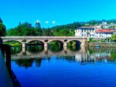 Boa tarde :D A Ponte Velha está de cara lavada e parece que acabou de ser construída na tarde de ontem com a limpeza que às pedras centenárias foi proporcionada. Está mais elegante e jovem do que nunca!! - http://ift.tt/1MZR1pw -