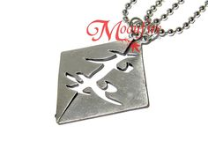 This couple necklace features the Parabatai symbol split into two - perfect for you and your Parabatai! Get these as the perfect symbol of promise to fight together and protect one another! Each silve