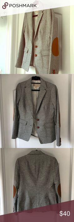 HOST PICK Banana Republic Gray Tweed Blazer Gray tweed blazer with brown faux suede elbow patches. Brown leather buttons Banana Republic Jackets & Coats Blazers