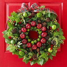 Creative wreath from fruits #fruits #wreaths #decor