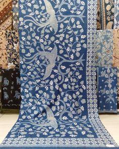Corak Batik Klasik Alam - Eza Batik Batik Art, Fashion Art, Design Art, Instagram, Outfit, Style, Outfits, Swag, Kleding